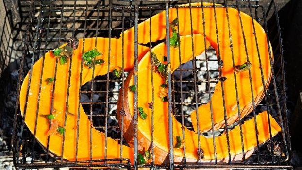 Barbequeen met groenten uit eigen kas. Dat kan alleen bij ZAAi Kweek & Eet!